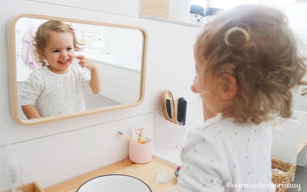 Cosimas Morgentoilette mit 22 Monaten – eine Foto Story