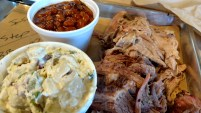 4 Rivers Smokehouse Brisket & Pulled Pork