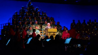Gary Sinise was the moderator for one showing of the Candlelight Processional we attended at Epcot Center.
