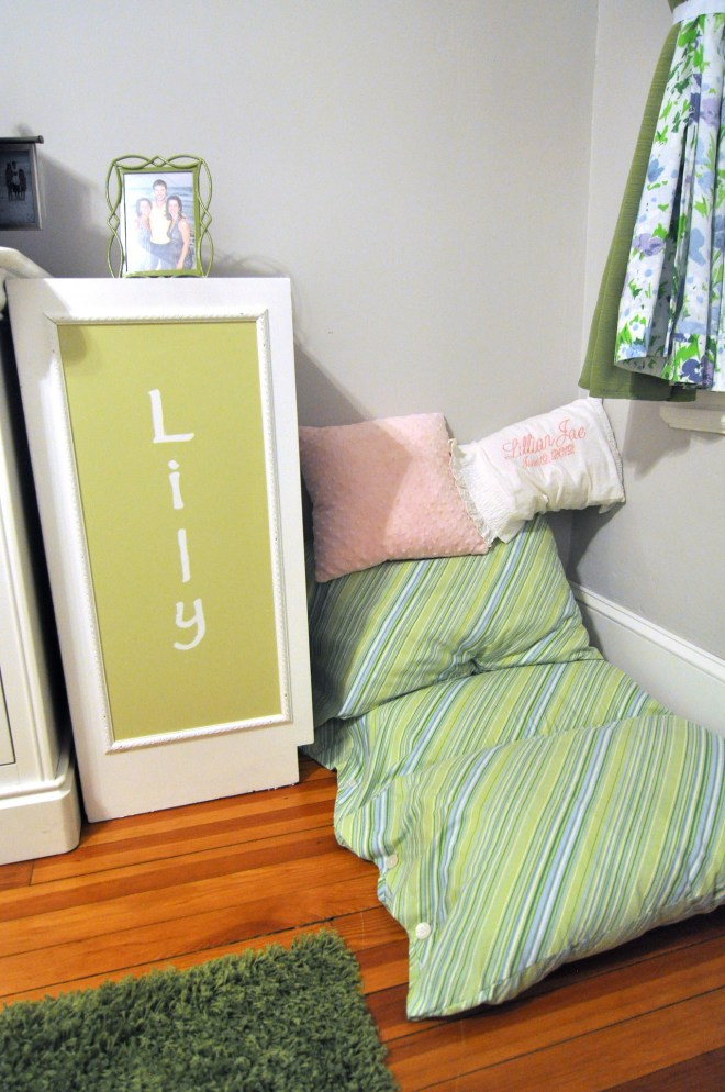 lily nook guest room