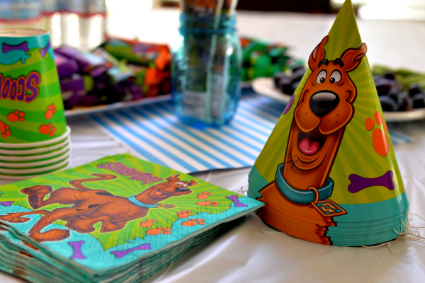 New Scooby-Doo Party Supplies At Party City   #ScoobyParty
