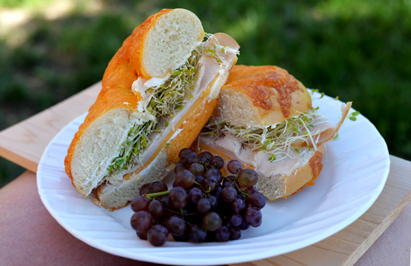 Our Favorite Summer Sandwich – New Foster Farms All Natural Lunchmeat  #TheBestTurkey