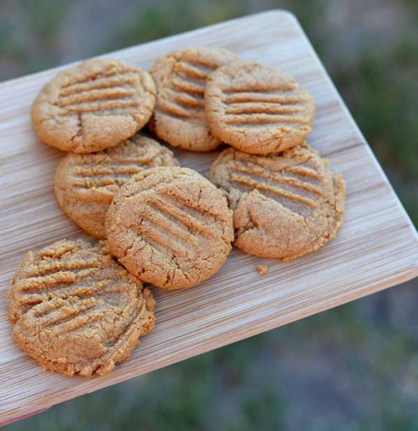 Cooking With Kids – 3 Ingredient Peanut Butter Cookies