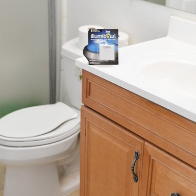 Toilet Training With Little Ones with the IllumiBowl