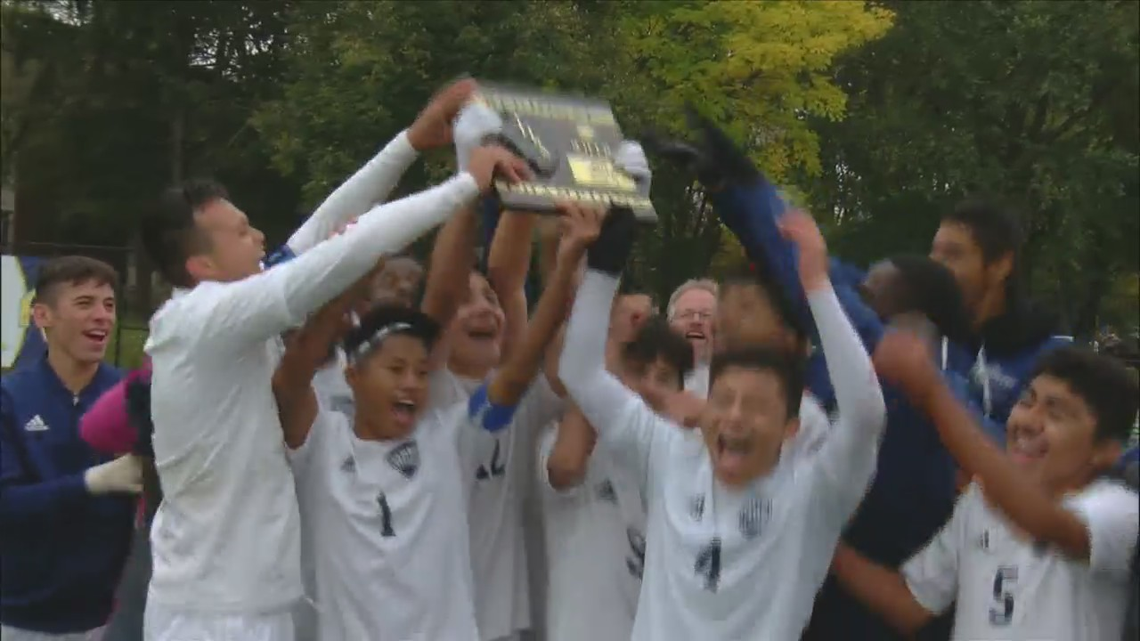 Monmouth-Roseville soccer wins 1A regional championship