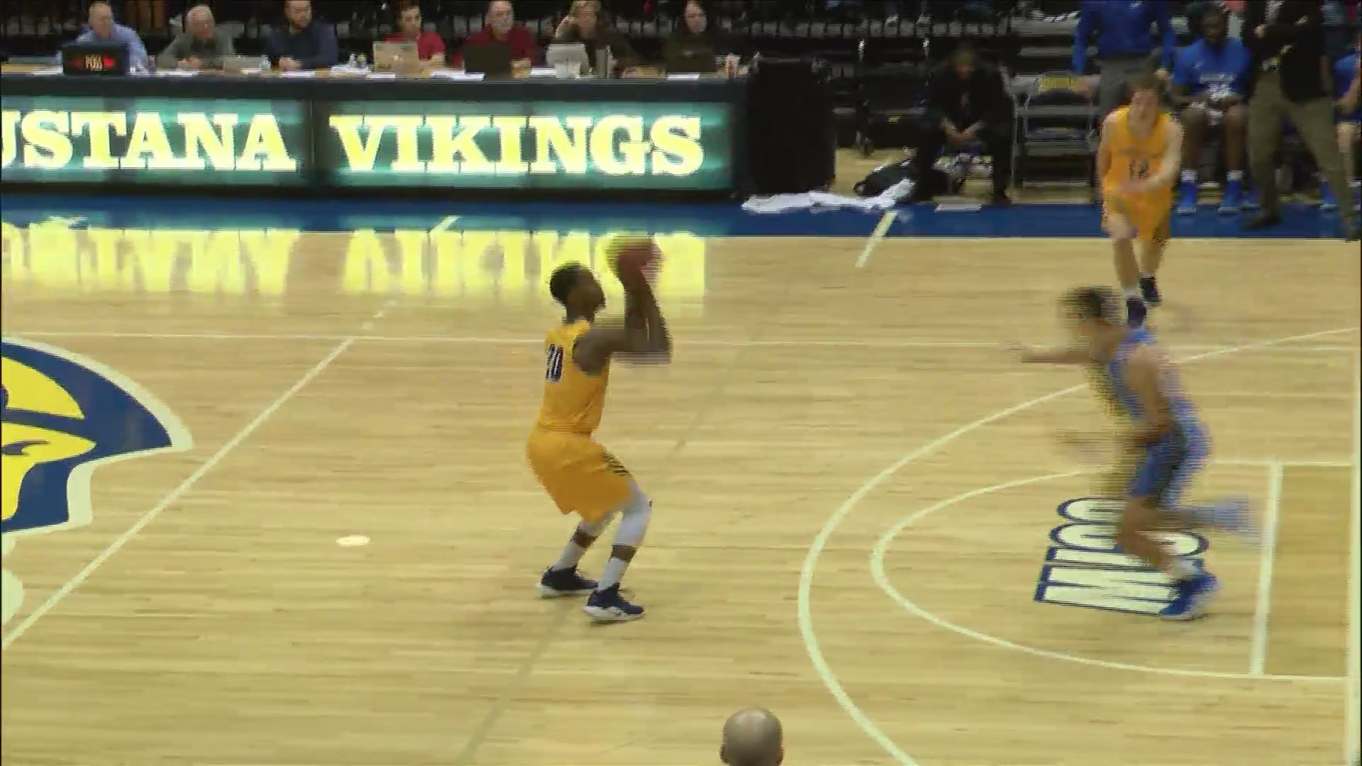 Augustana clinches CCIW