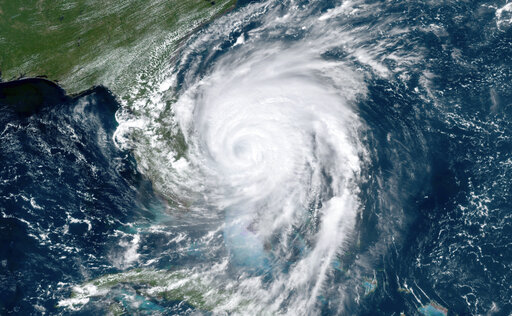 The Latest: More than 1,500 in South Carolina shelters