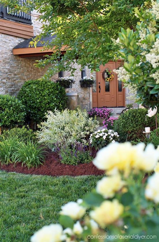 Front Yard Garden Tour with Confessions of a Serial Do-It-Yourselfer