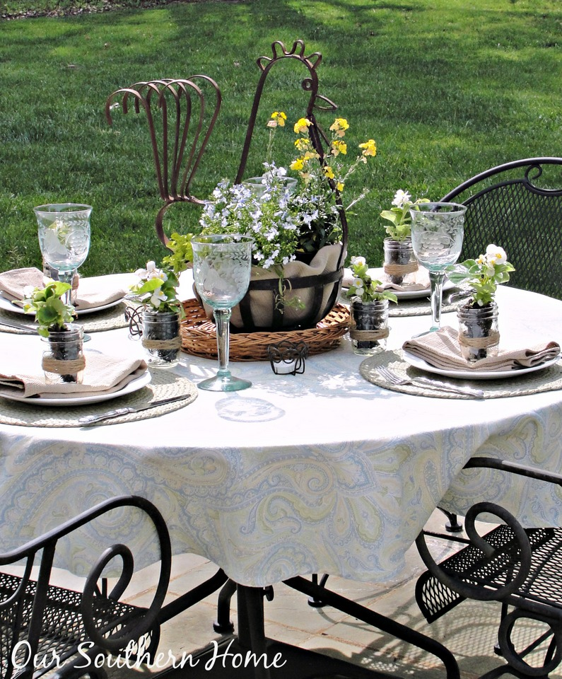 Simply Southern Outdoor Dining with Our Southern Home #outdoordining #outdoorliving