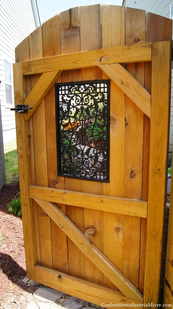 How to build a gate with a window