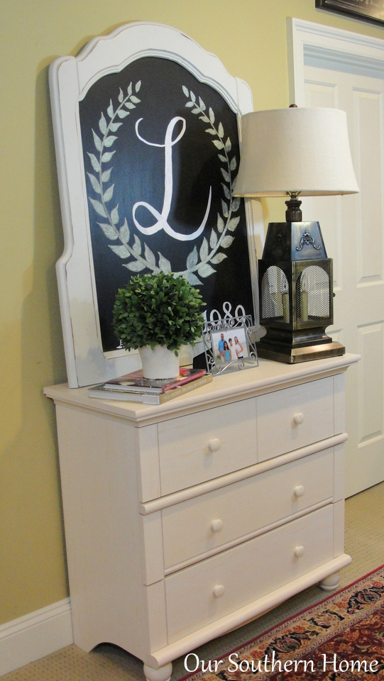 Incorporating Vintage Style via Our Southern Home #ad #sauder