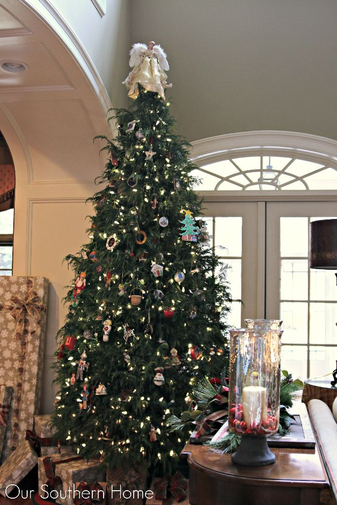 Christmas trees from Our Southern Home....tips for an inexpensive tree ribbon!