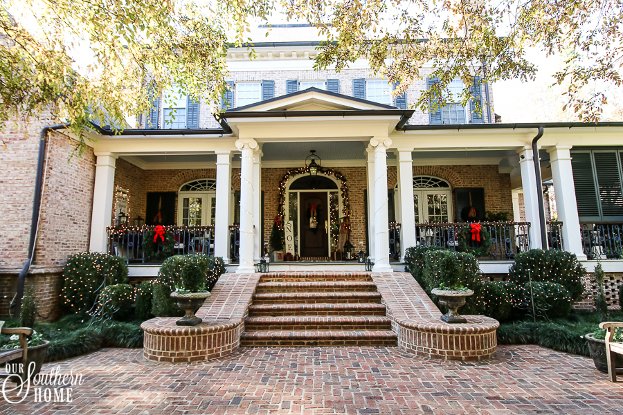 Southern Porch tour full of ideas with plaids and more!