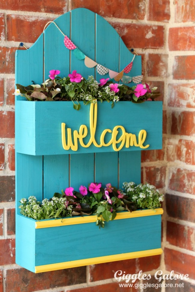 colorful DIY Spring Planter Box