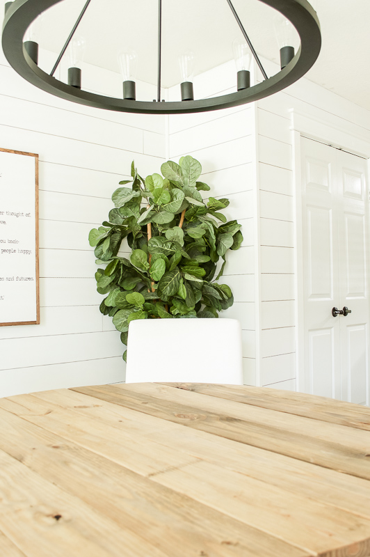 Lots of excellent shiplap tutorials to add this classic touch to your home!
