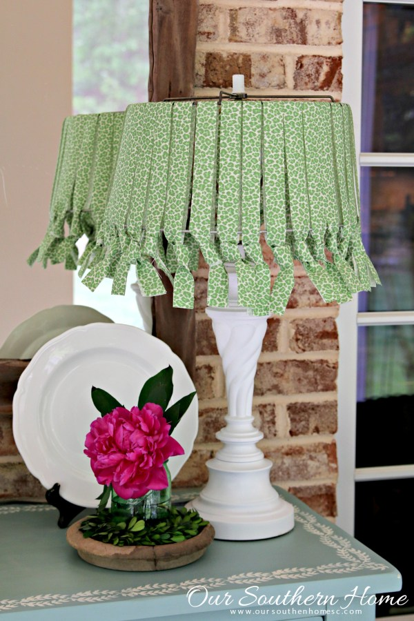 No sew lamp shade with outdoor fabric and a thrift store lamp tutorial by Our Southern Home #nosew