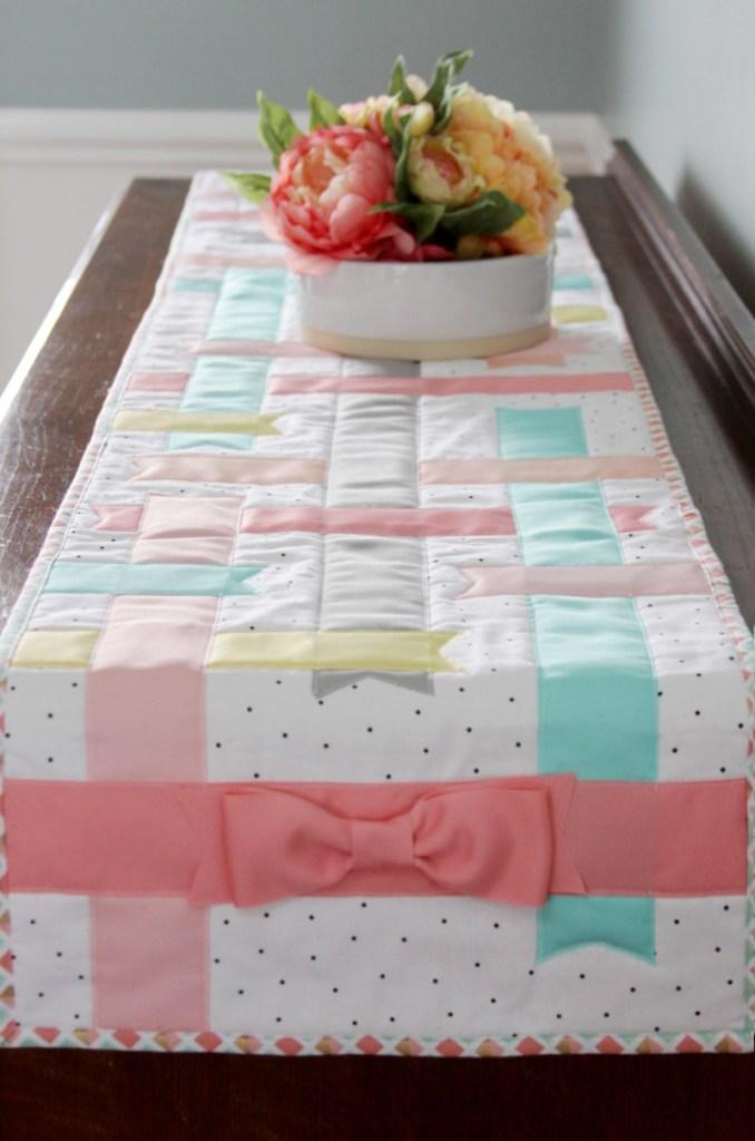 Pretty-Spring-Ribbon-Table-Runner