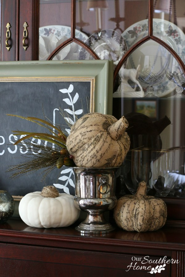 Thanksgiving tablescape for 2015 by our southern home 2