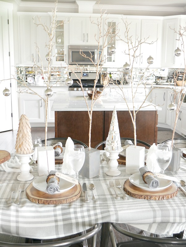 white-and-gray-table-setting