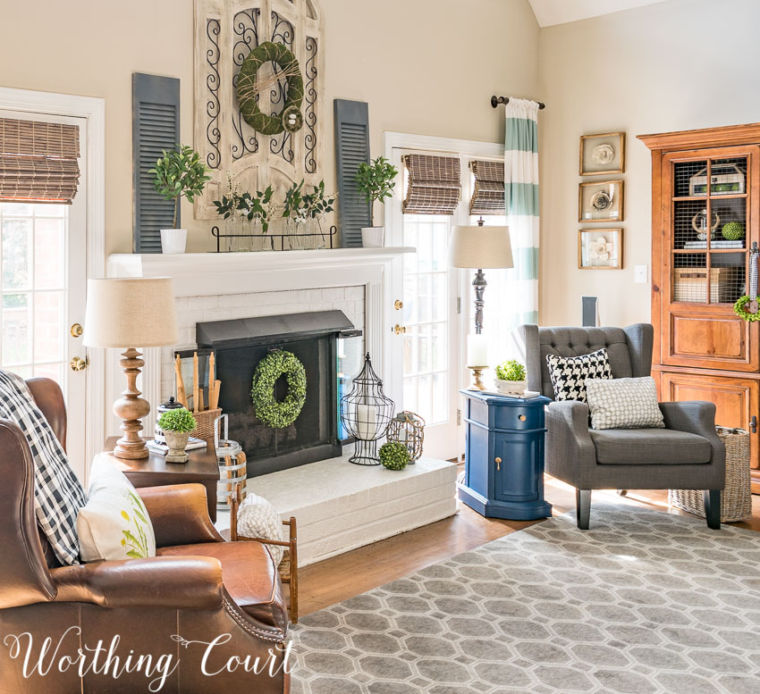 Spring Mantel {Inspiration Monday Features}