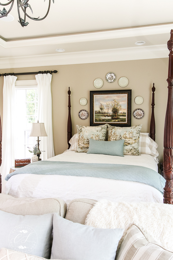 Beautiful Bedrooms Tour Features Top Bloggers Sharing Inspiration For Your  Home! #frenchcountry #bedroom