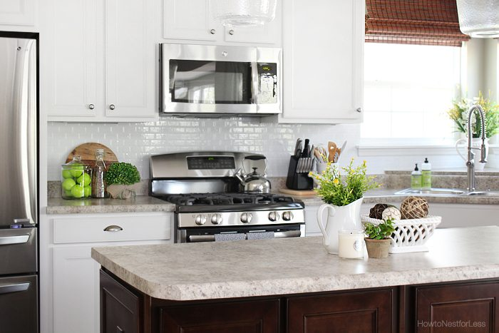 kitchen-smart-tiles-white-backsplash