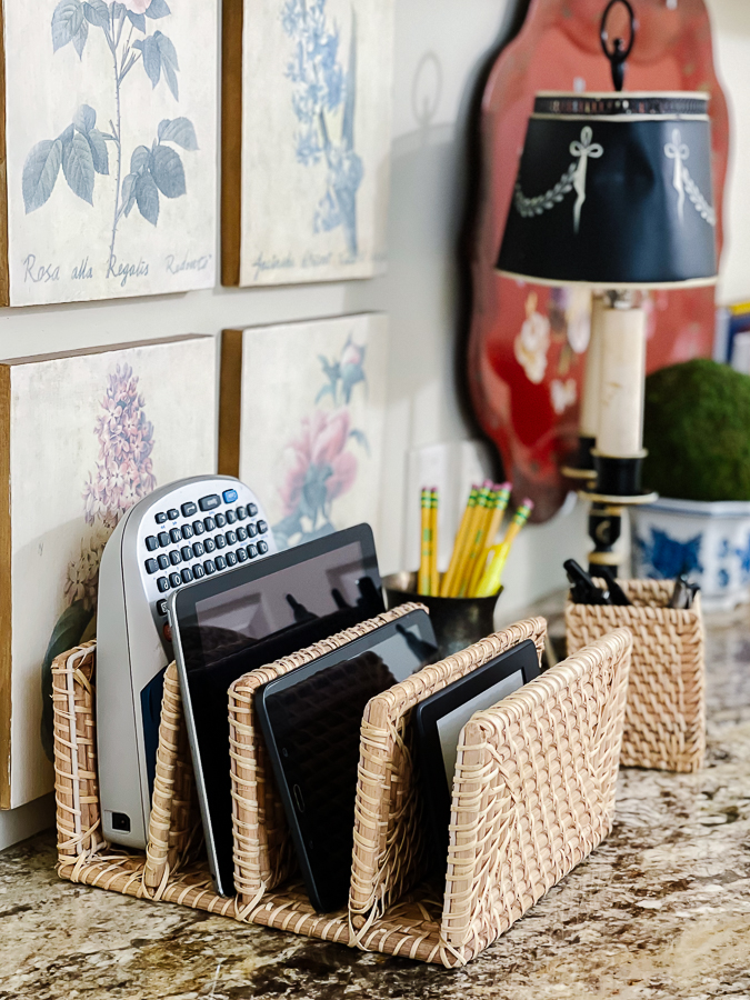 letter organizer with tablets