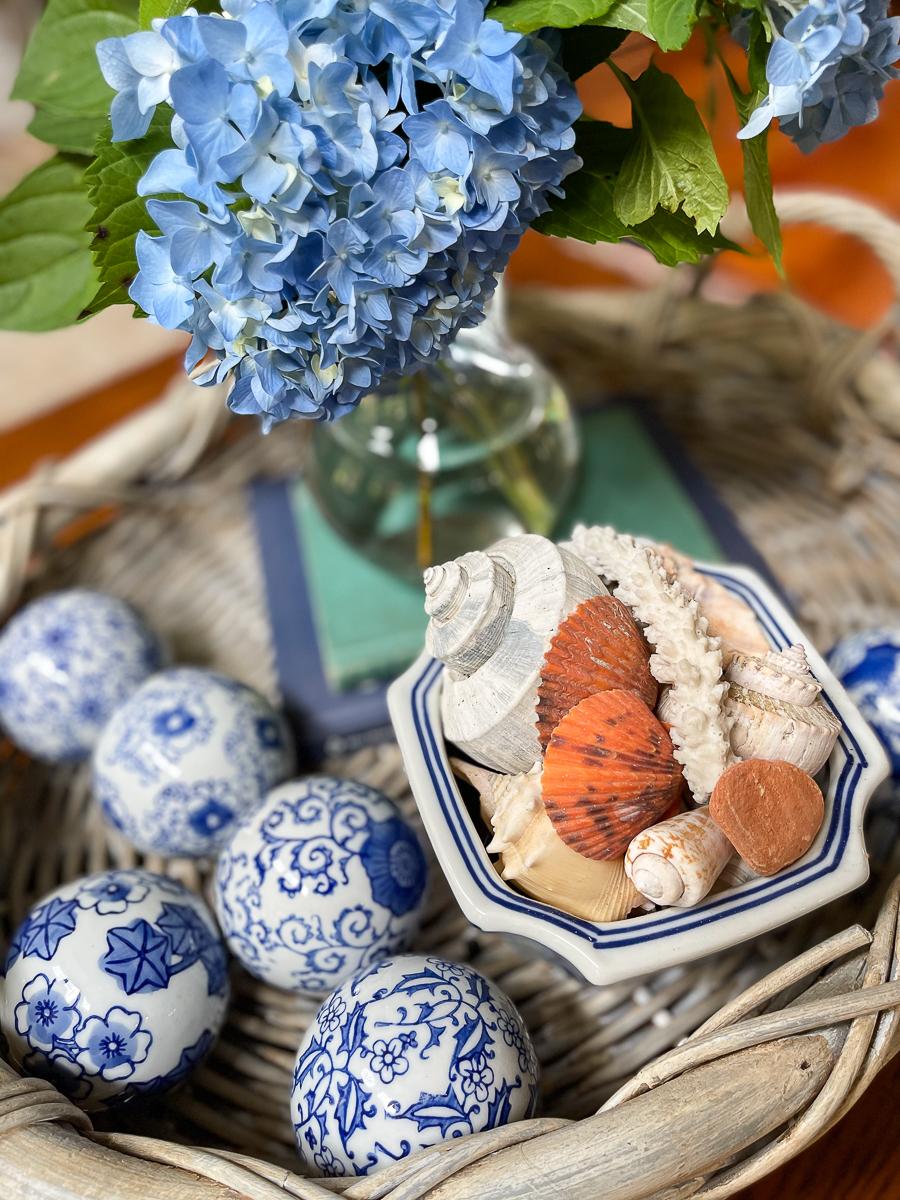 shells and hydrangeas