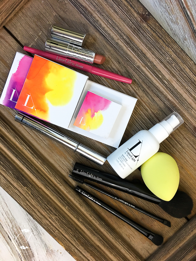 I love how compact these makeup products are for everyday use and travel!! Best makeup I've ever used. #makeup #over40makeup #travelmakeup