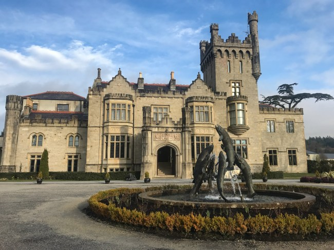 Lough Eske Castle Hotel & Spa is not only a beautiful, five-star castle hotel, but also one of the best spas in Ireland. It is located in Donegal, Ireland tucked away in the woods.