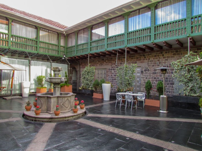 Aranwa Cusco Boutique Hotel's beautiful patio terrace