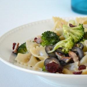 {Recipe} Broccoli Summer Salad