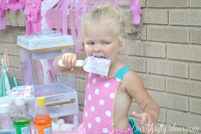 #DreamParty featuring #Disney Princesses. All from a one stop shop at Walmart. Party from OurThriftyIdeas.com