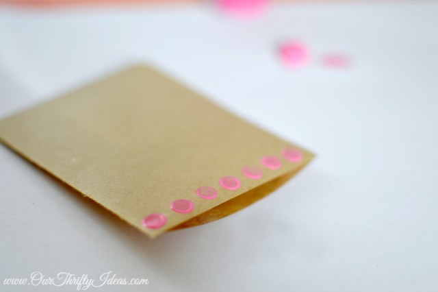 diy vday pendant banner | www.ourthriftyideas.com #Valentines #Bday #diy #banner