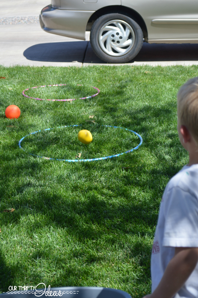 ball toss competition for young kids