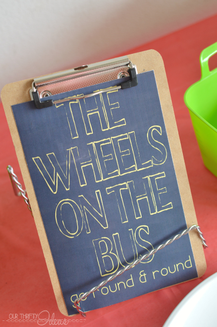 the wheels on the bus printable sign