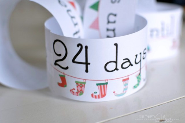 25-days-until-Christmas-Chain