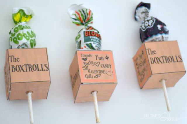 A fun free printable for Valentine's Day. The Boxtrolls box for your suckers or pencils. A fun gift for kids to give.