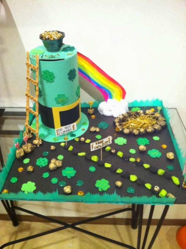 Leprechaun trap idea with rainbow slide