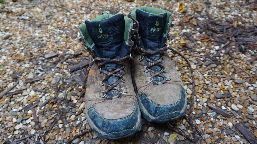 Brutal Reviews - Ahnu Coburn Mens Hiking Boots 2