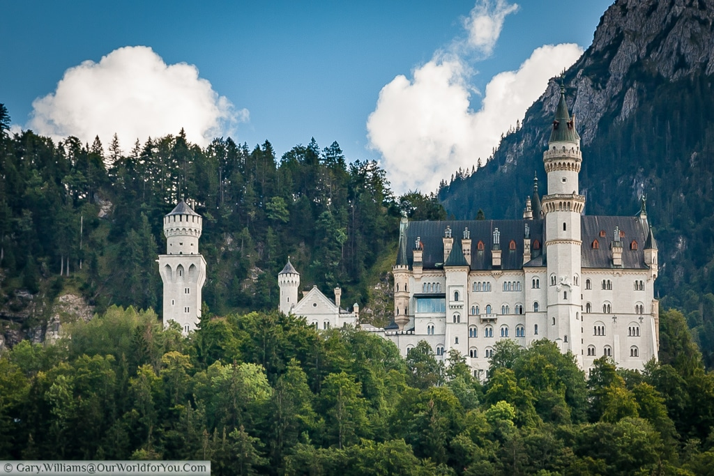 Schloss Neuschwanstein - fairytale Castle,Hohenschwangau, Bavaria, Germany