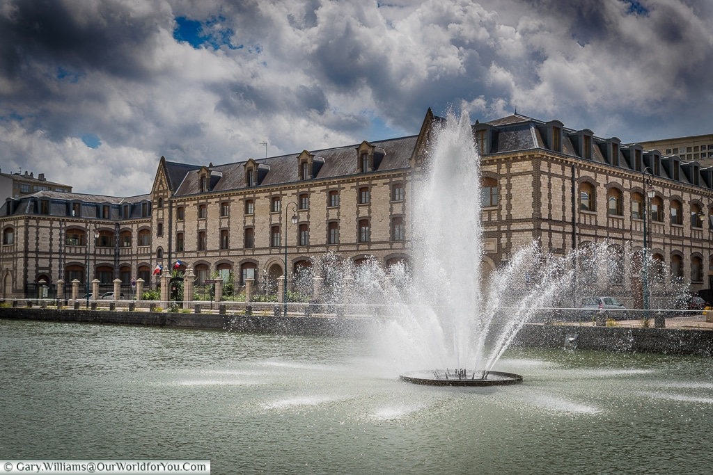 Fountain in Canal du Trévois , Troyes, Champagne, Grand Est, France
