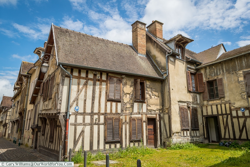 Rue Linard Gonthier, Troyes, Champagne, Grand Est, France