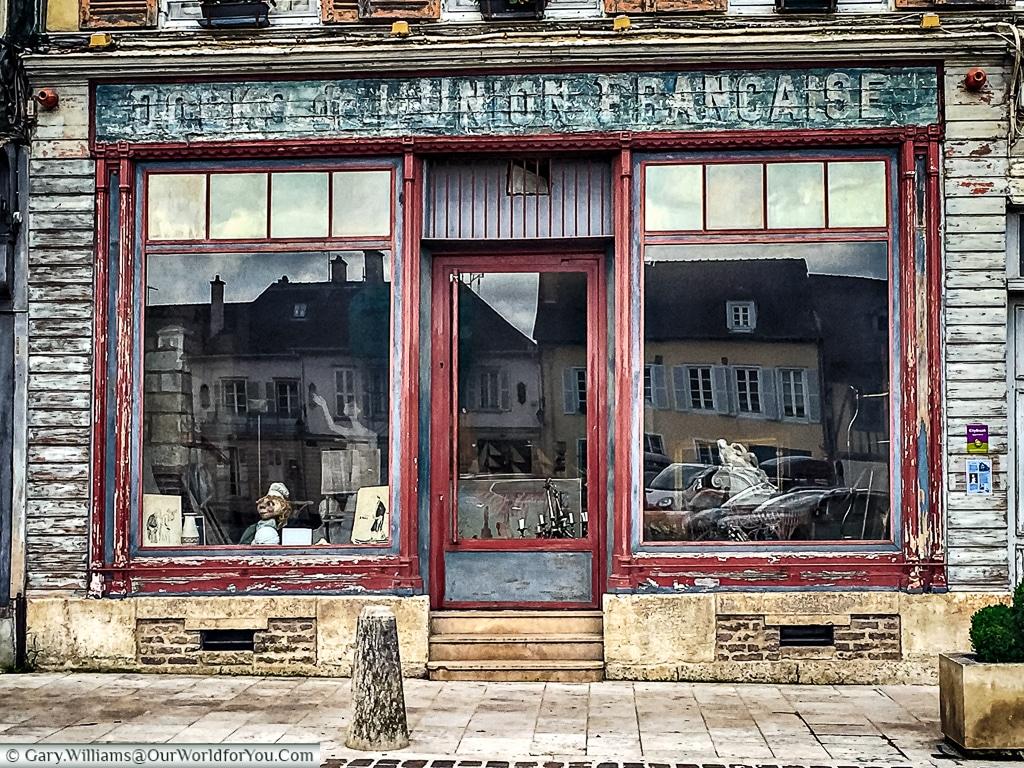 A shop on Rue de la Cité, Troyes, Champagne, Grand Est, France