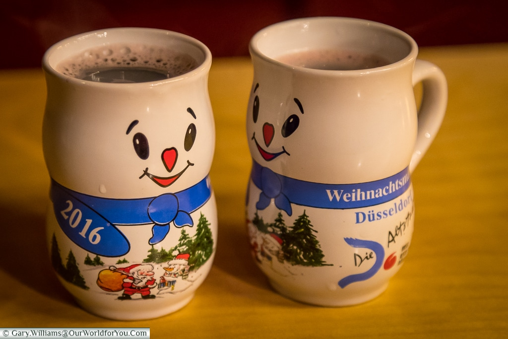 Glühwein in Snowmen mugs, Düsseldorf, Germany