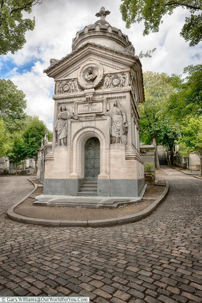 A Family tomb, Père Lachaise Cemetery, Paris, France
