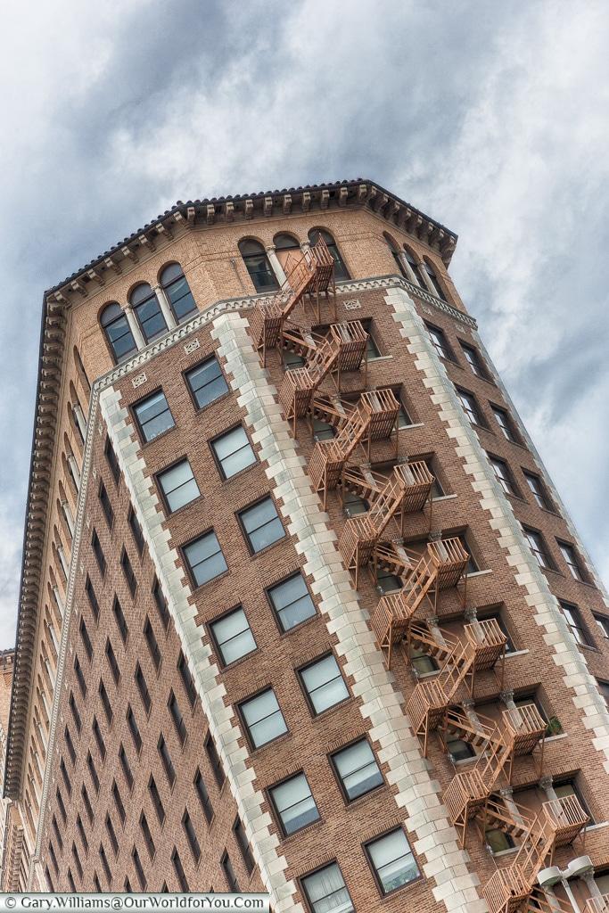 Tower block in San Antonio, Texas, America, USA