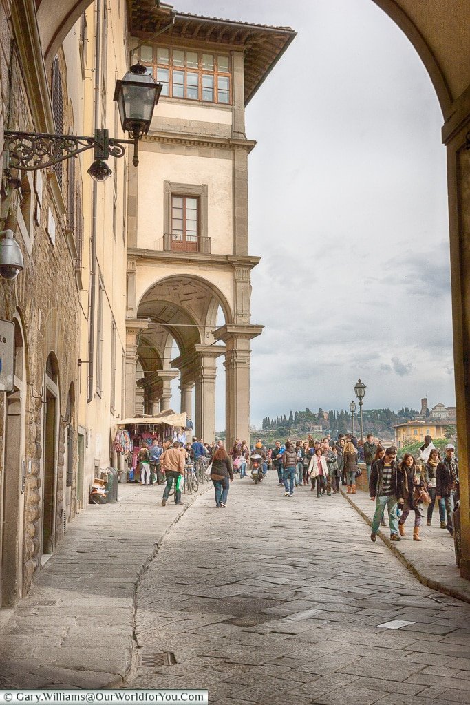 Strolling along the Lungarno Anna Maria Luisa de' Medici, Florence, Italy