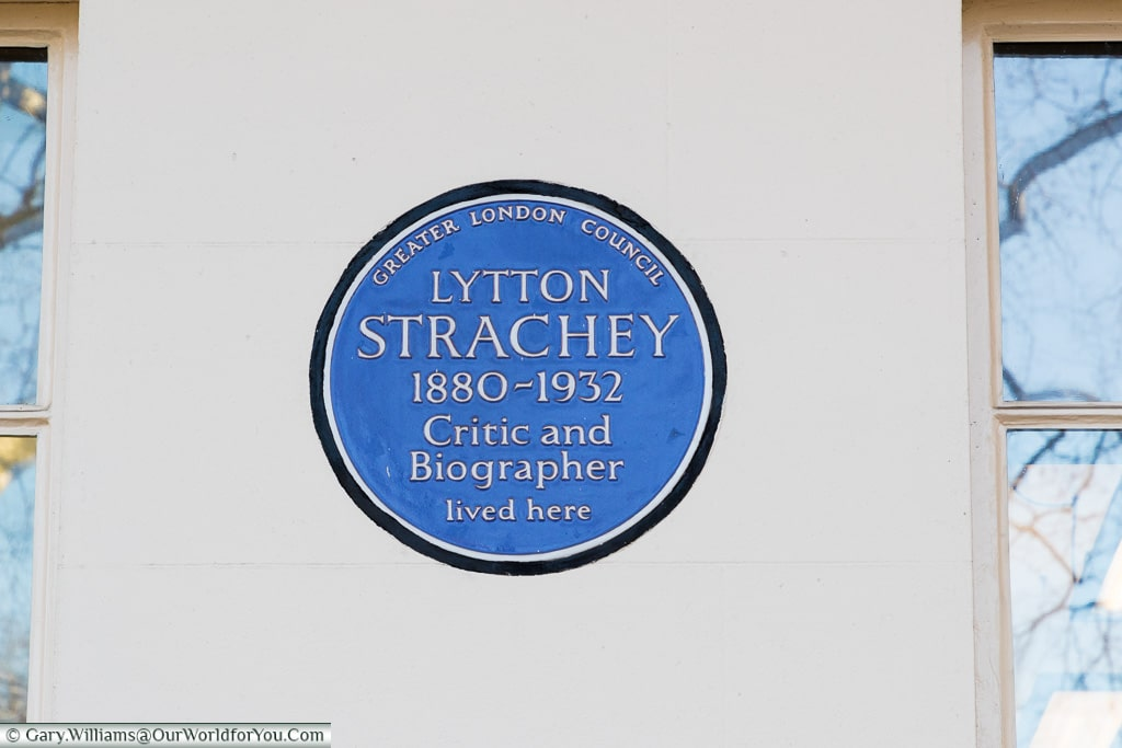 Noted critic remembered, Blue Plaques, London, England