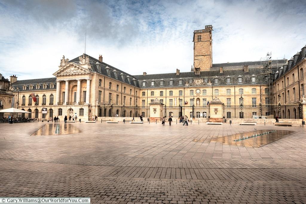 Place de la Libération, Dijon, France